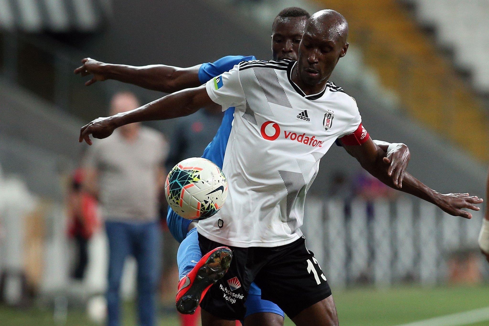 Beşiktaş, Atiba ile yeniden anlaşma sağladı #1