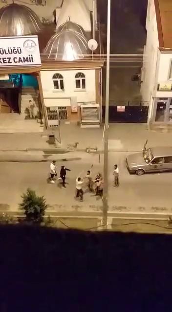 Bolu da cami duvarına tuvaletini yapan şahıs olay çıkardı #1