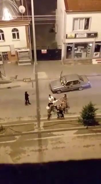 Bolu da cami duvarına tuvaletini yapan şahıs olay çıkardı #2