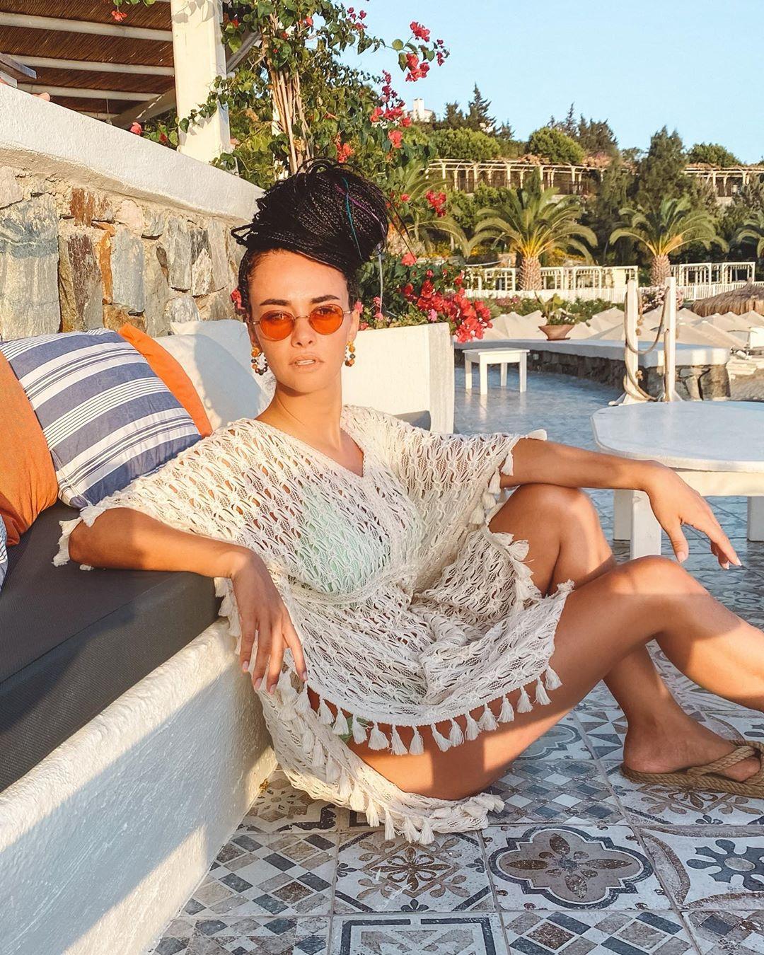 Hande Soral, Afrika örgüsü yaptırdı #2