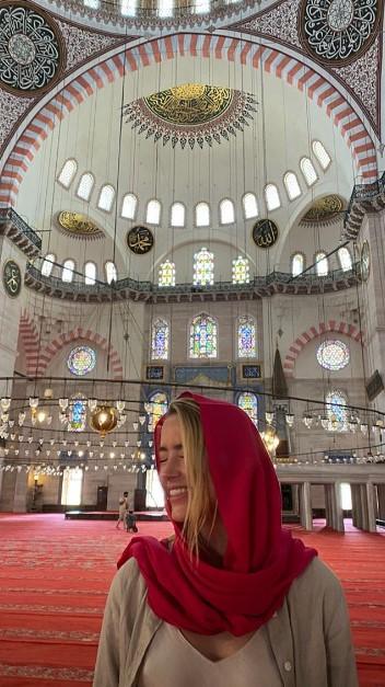 Johnny Depp in eski eşi Amber Heard İstanbul a geldi #1