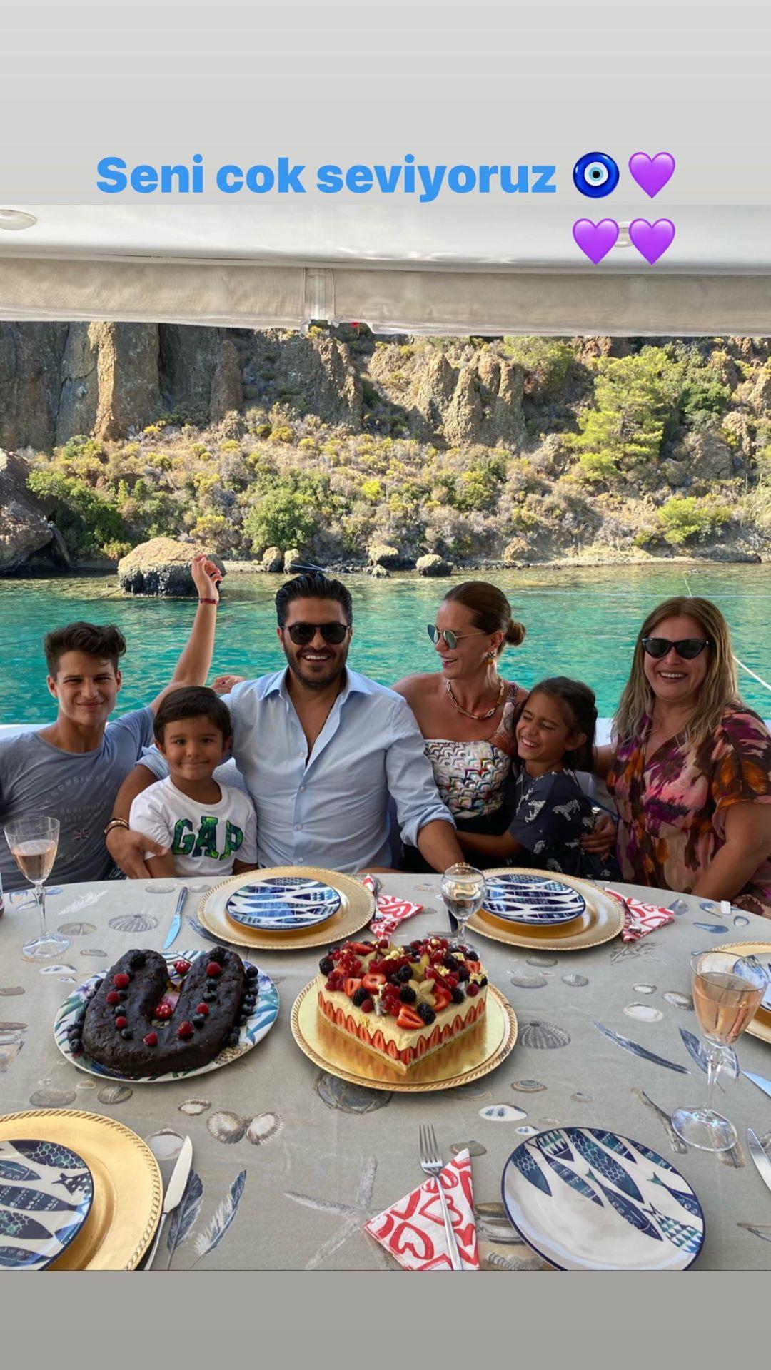Ebru Şallı, eşinin doğum gününü kutladı  #3