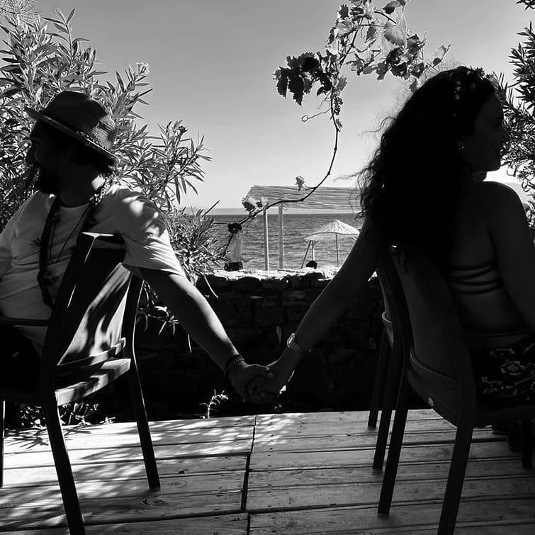 Melisa Şenolsun dan Umut Evirgen li aşk fotoğrafları #1
