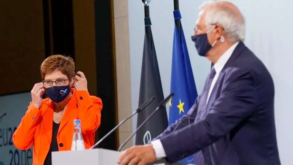 Alman bakan mikrofonu açık unuttu Türkiye-Yunanistan görüşmesi ifşa oldu