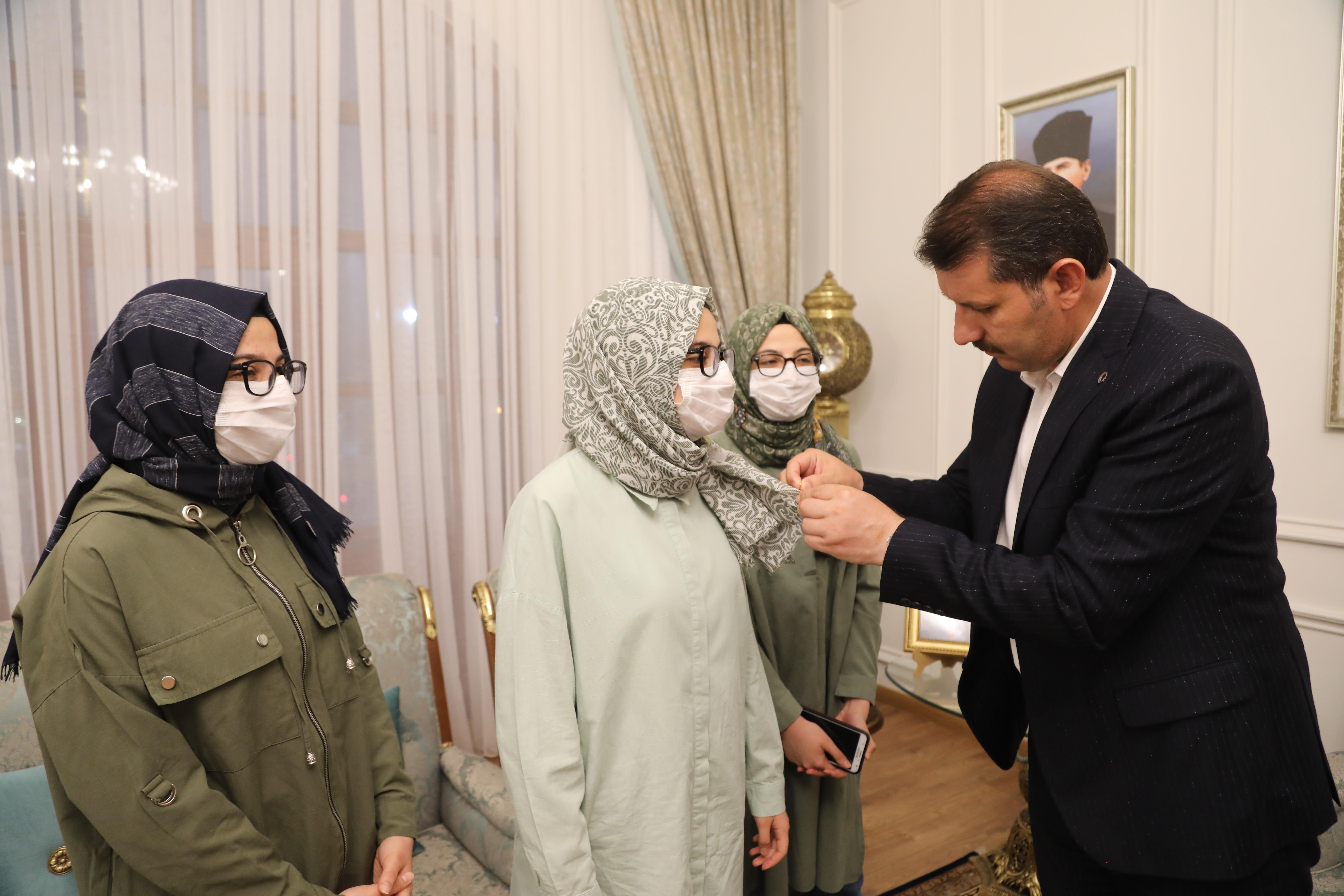 Sivas ta üçüz kardeşler tıp fakültesini kazandı #2