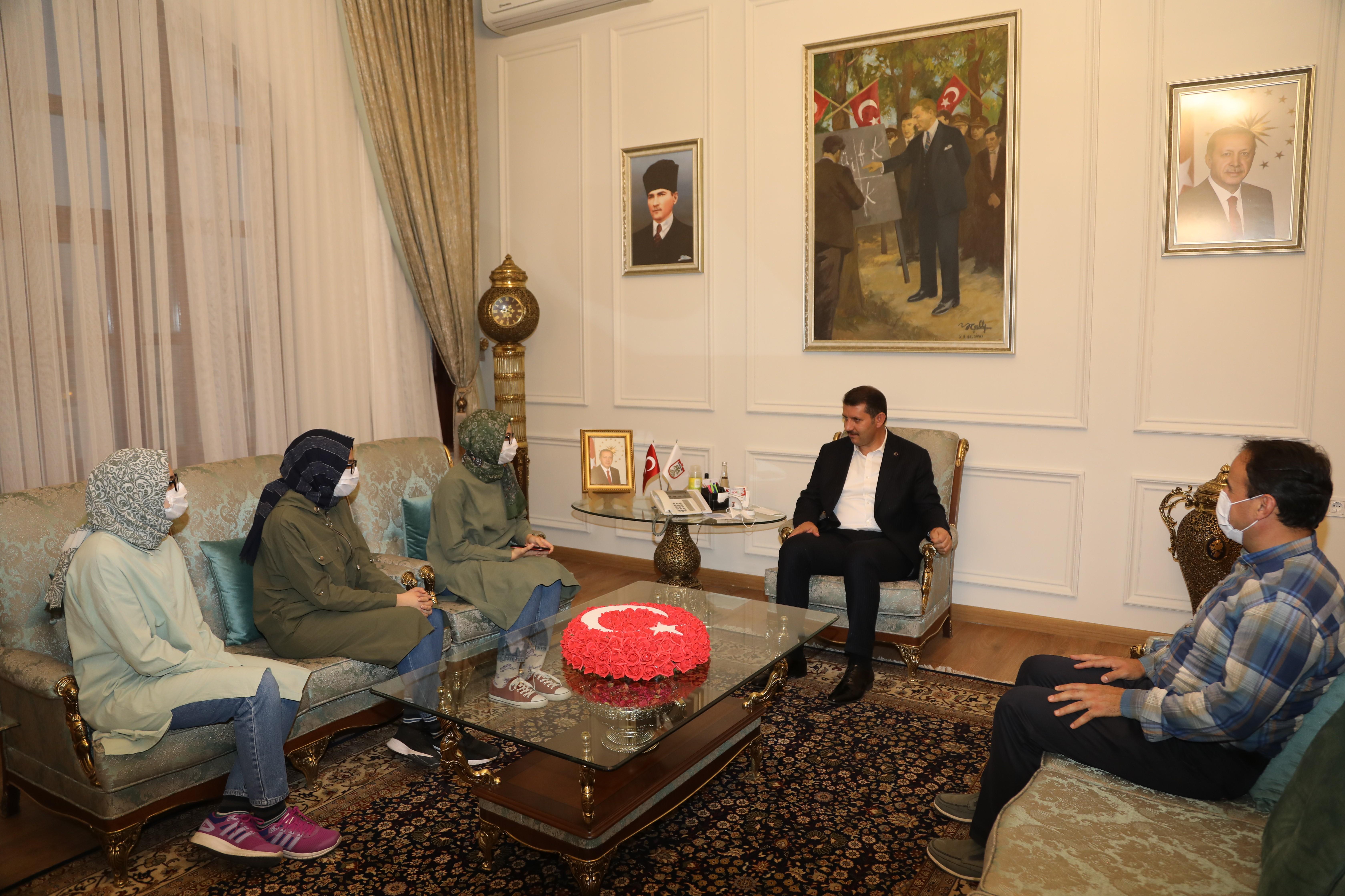 Sivas ta üçüz kardeşler tıp fakültesini kazandı #1
