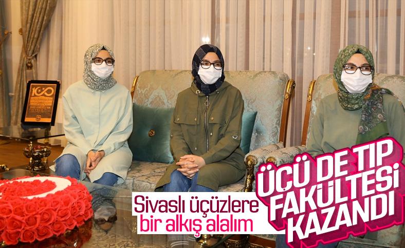 Sivas'ta üçüz kardeşler tıp fakültesini kazandı