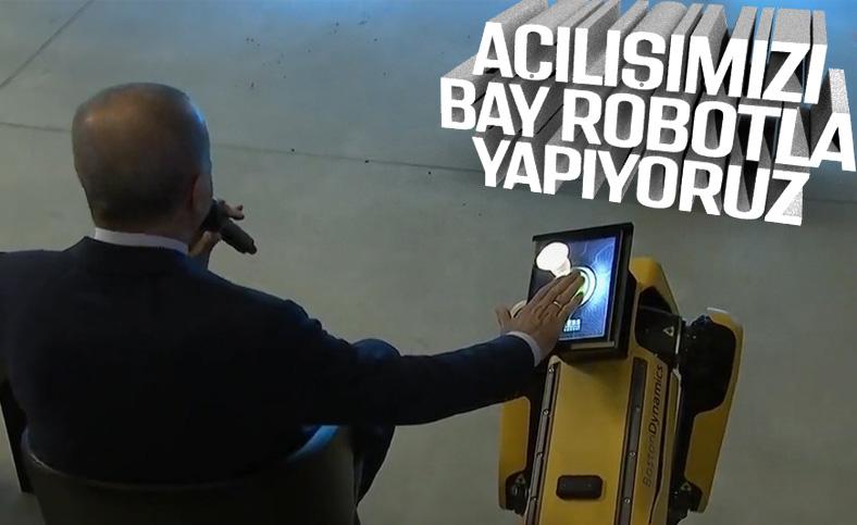 Cumhurbaşkanı Erdoğan'dan robotlu açılış