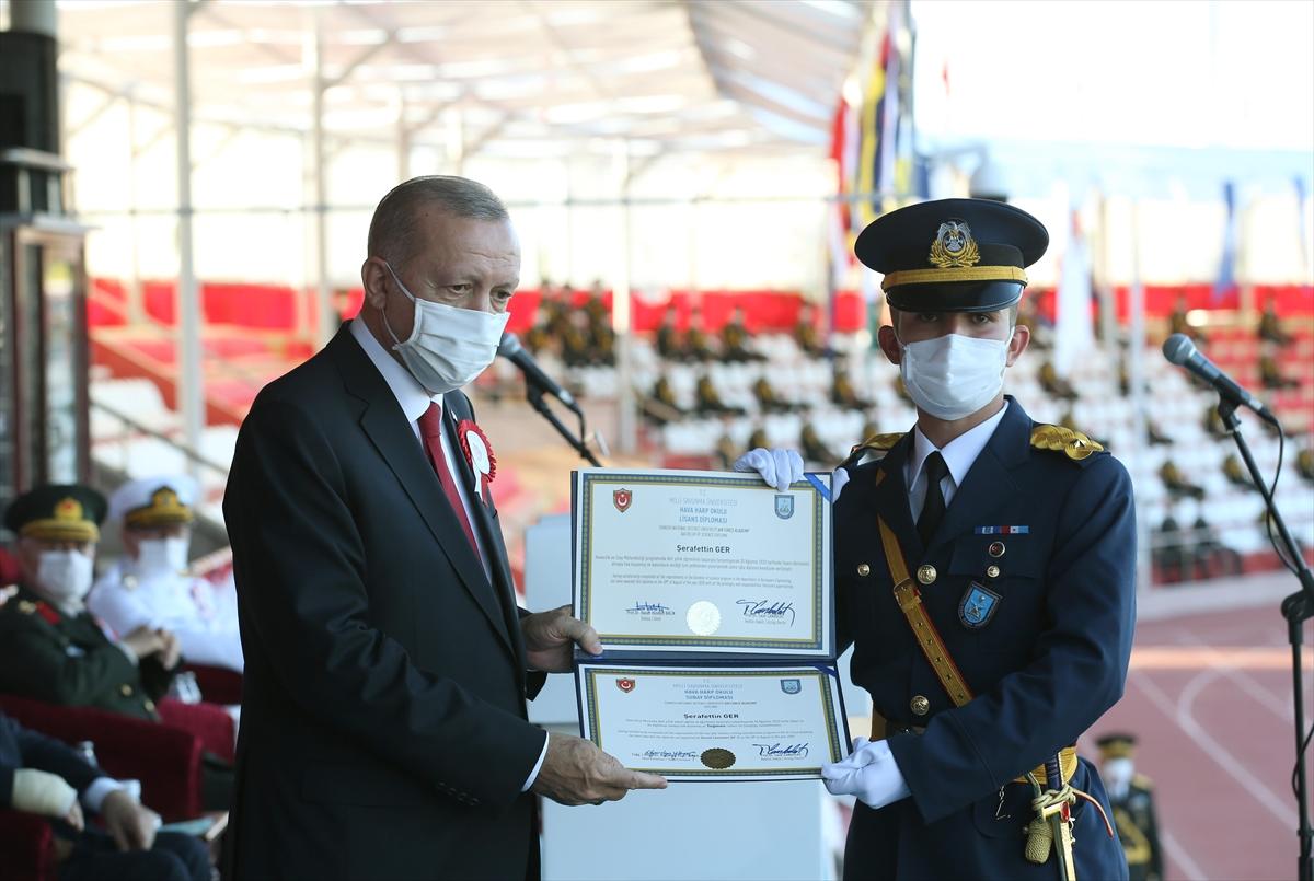 Cumhurbaşkanı Erdoğan: Maruz kaldığımız her saldırı mücadelemizi perçinledi  #3