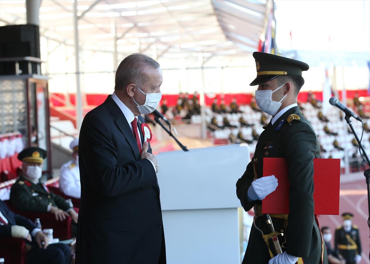 Cumhurbaşkanı Erdoğan: Maruz kaldığımız her saldırı mücadelemizi perçinledi  #4