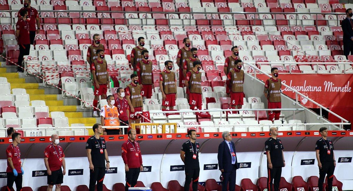 Türkiye, UEFA Uluslar Ligi ilk maçında Macaristan a yenildi #1