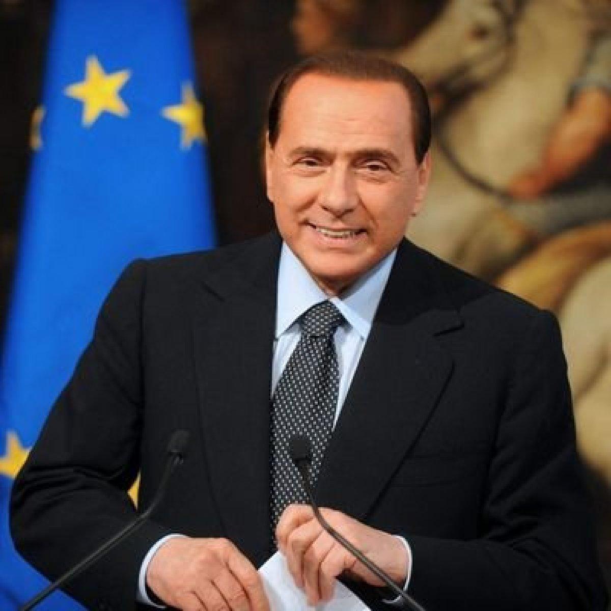 Berlusconi'nin kız arkadaşı ve çocukları da virüse yakalandı #1
