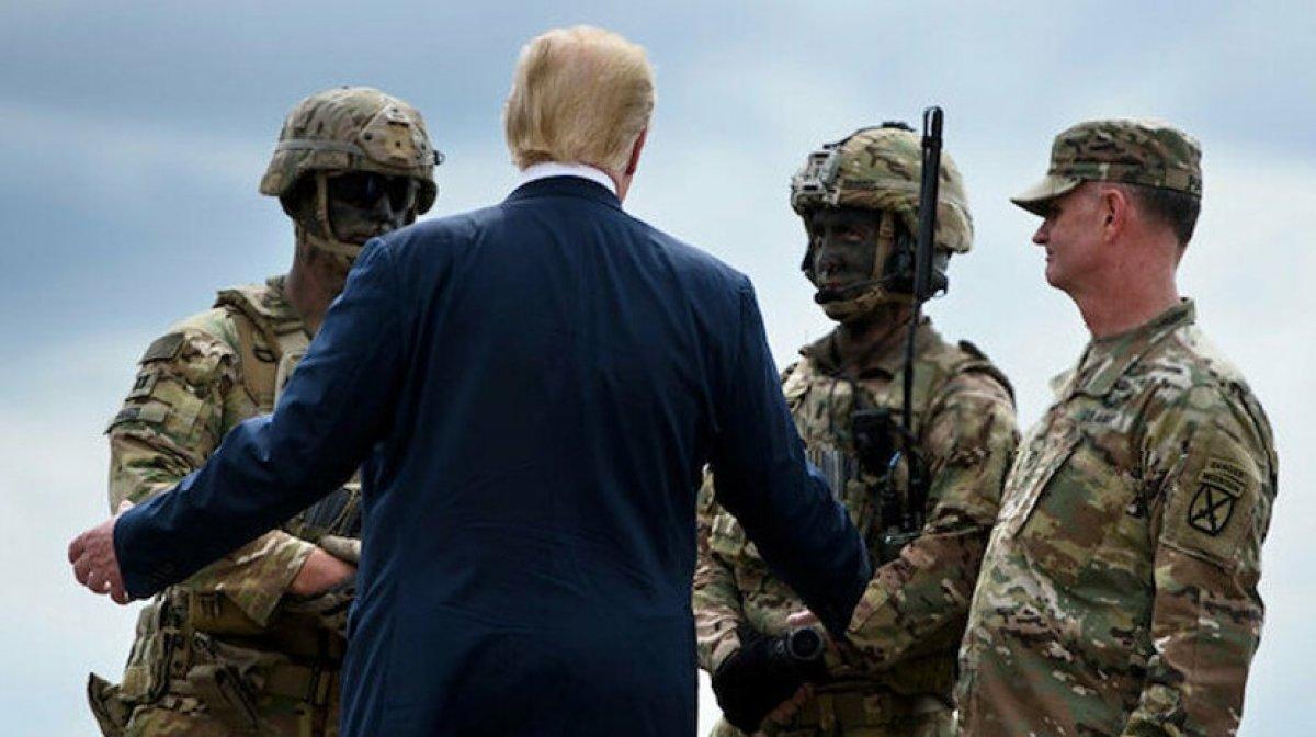 Trump ın savaşta ölen askerlere hakaret ettiği iddia edildi #1