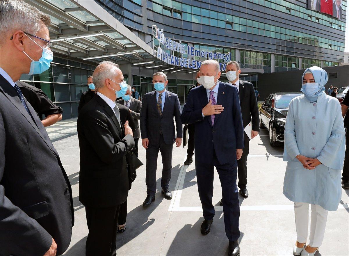 Cumhurbaşkanı Erdoğan, Göztepe Şehir Hastanesi ni hizmete açtı #6