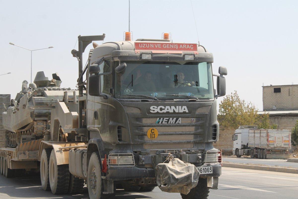 TSK, Suriye sınırındaki tankları Yunan sınırına sevk ediyor #1
