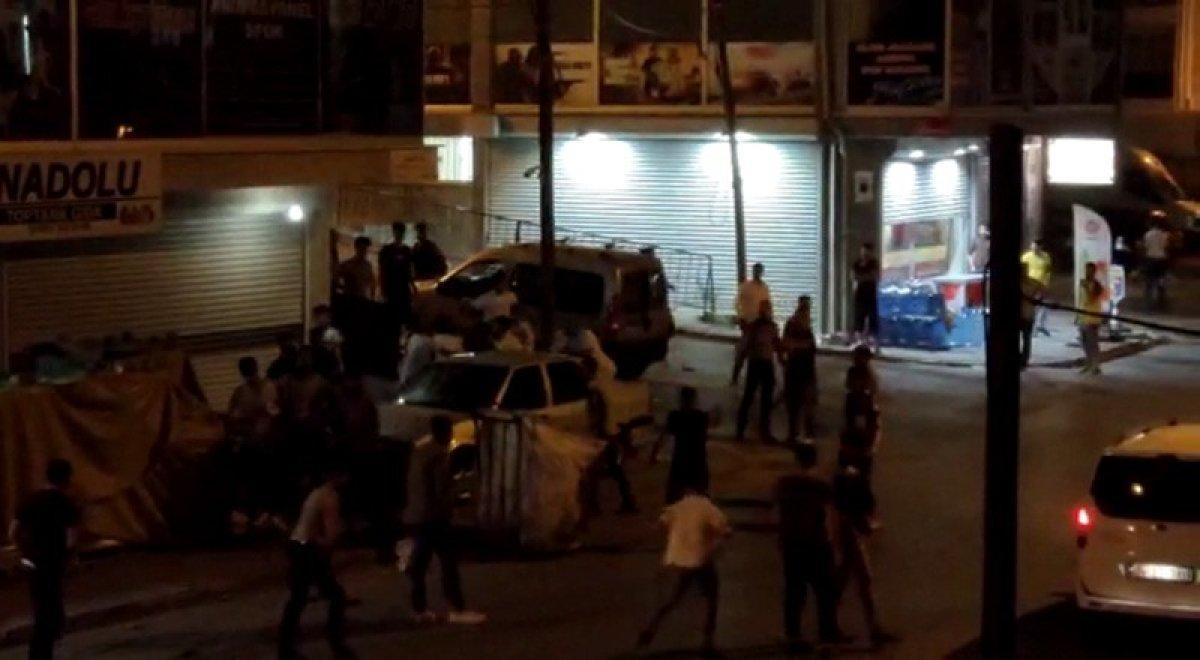 Arnavutköy'de düğünde çıkan kavga sokakta devam etti #1