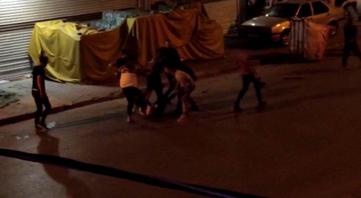 Arnavutköy'de düğünde çıkan kavga sokakta devam etti #2