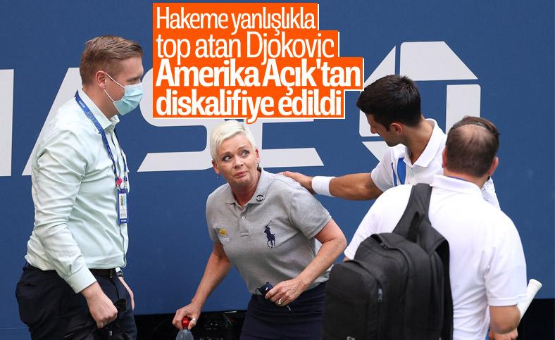 Novak Djokovic, topu hakeme attığı için Amerika Açık'ta diskalifiye oldu