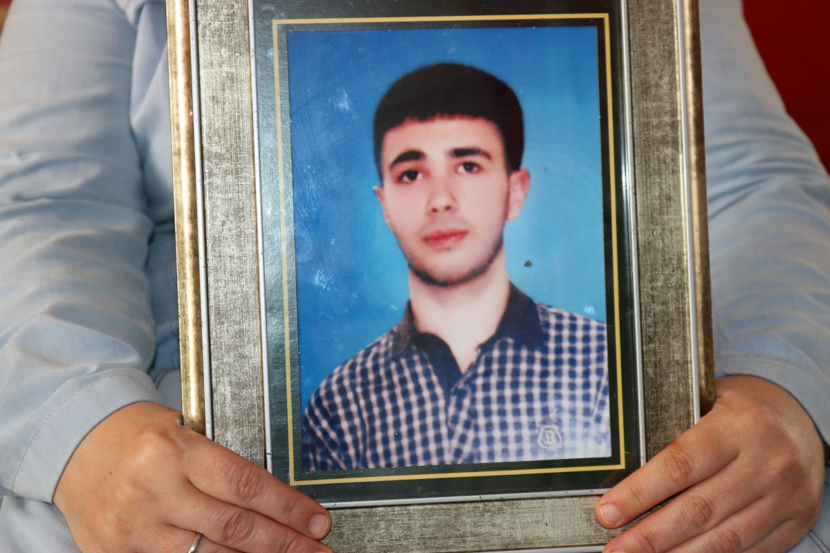 HDP tarafından evladı dağa kaçırılan anne, oğlunun hayalini söyledi #1