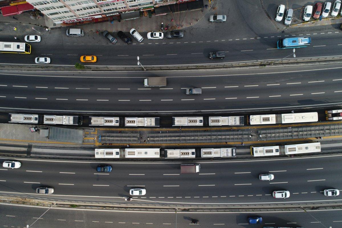 Florya da metrobüs arıza yaptı #1