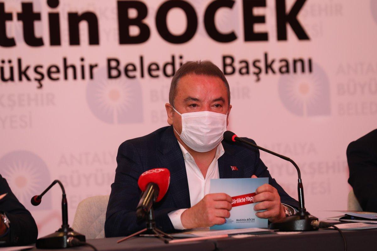 Antalya Büyükşehir Belediye Başkanı Muhittin Böcek, yoğun bakımda tedavi altında #1