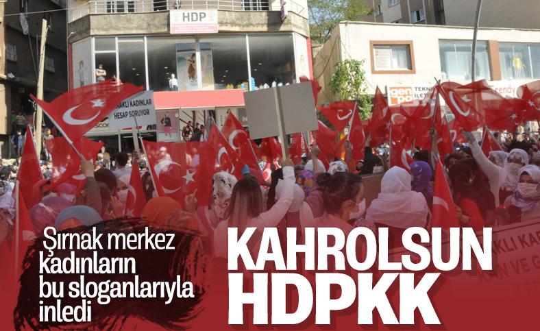 Şırnaklı kadınlar, HDP binasına yürüyerek kan ve gözyaşına 'Edi bese' dedi