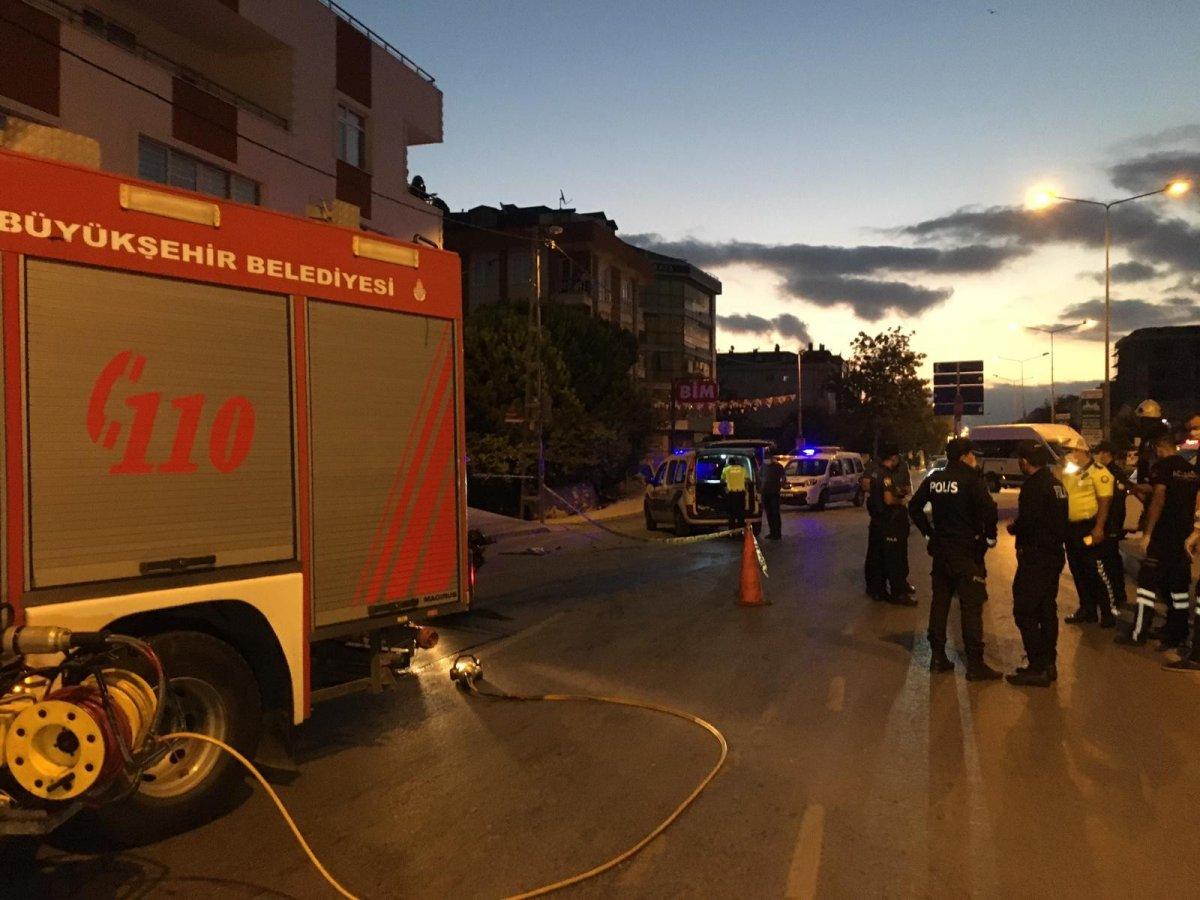 Sancaktepe de kaza yapan sürücü yaşamını yitirdi #3