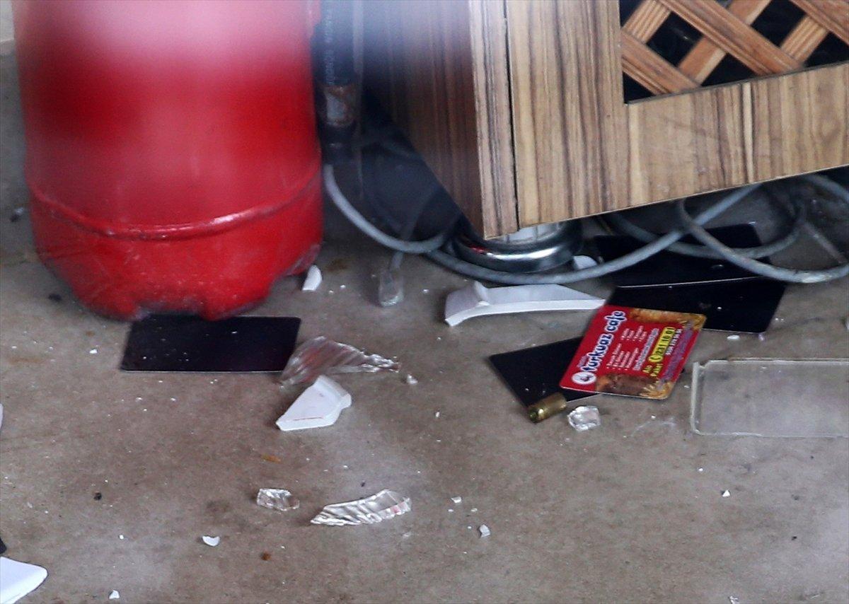 Adana'da tavuk döner yapan kafeyi basıp, 2 kişiyi yaraladılar #2