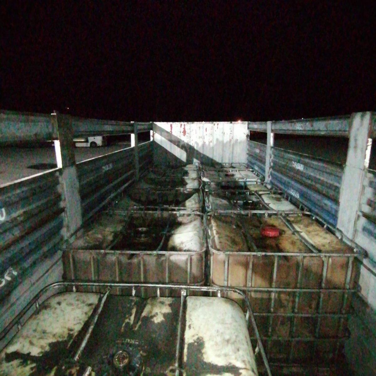 Niğde'deki oto lastik dükkanında 10 ton kaçak akaryakıt ele geçirildi #2