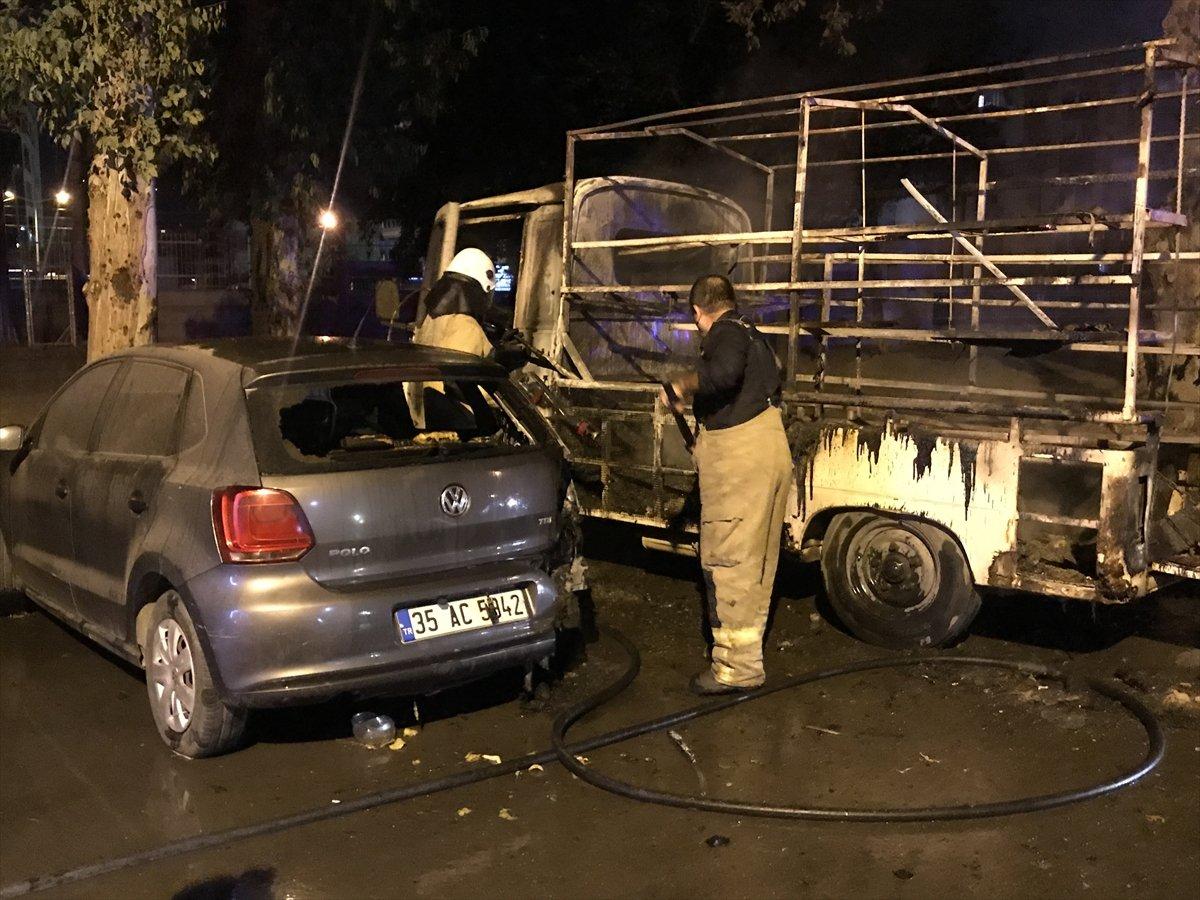 İzmir de 3 aracı kundakladığı iddia edilen zihinsel engelli kişi yakalandı #1