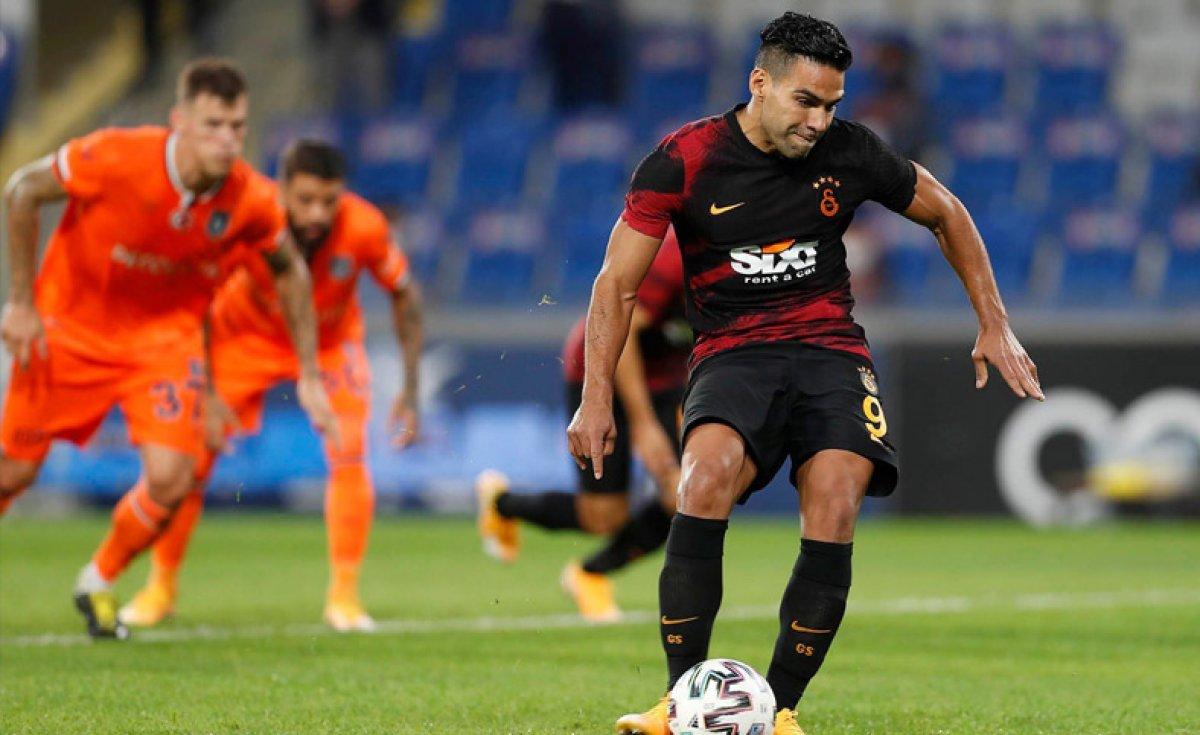 Galatasaray son şampiyon Başakşehir i devirdi #3