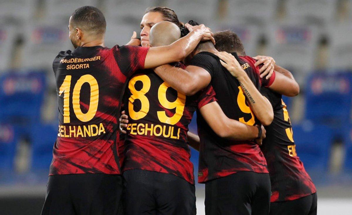 Galatasaray son şampiyon Başakşehir i devirdi #1