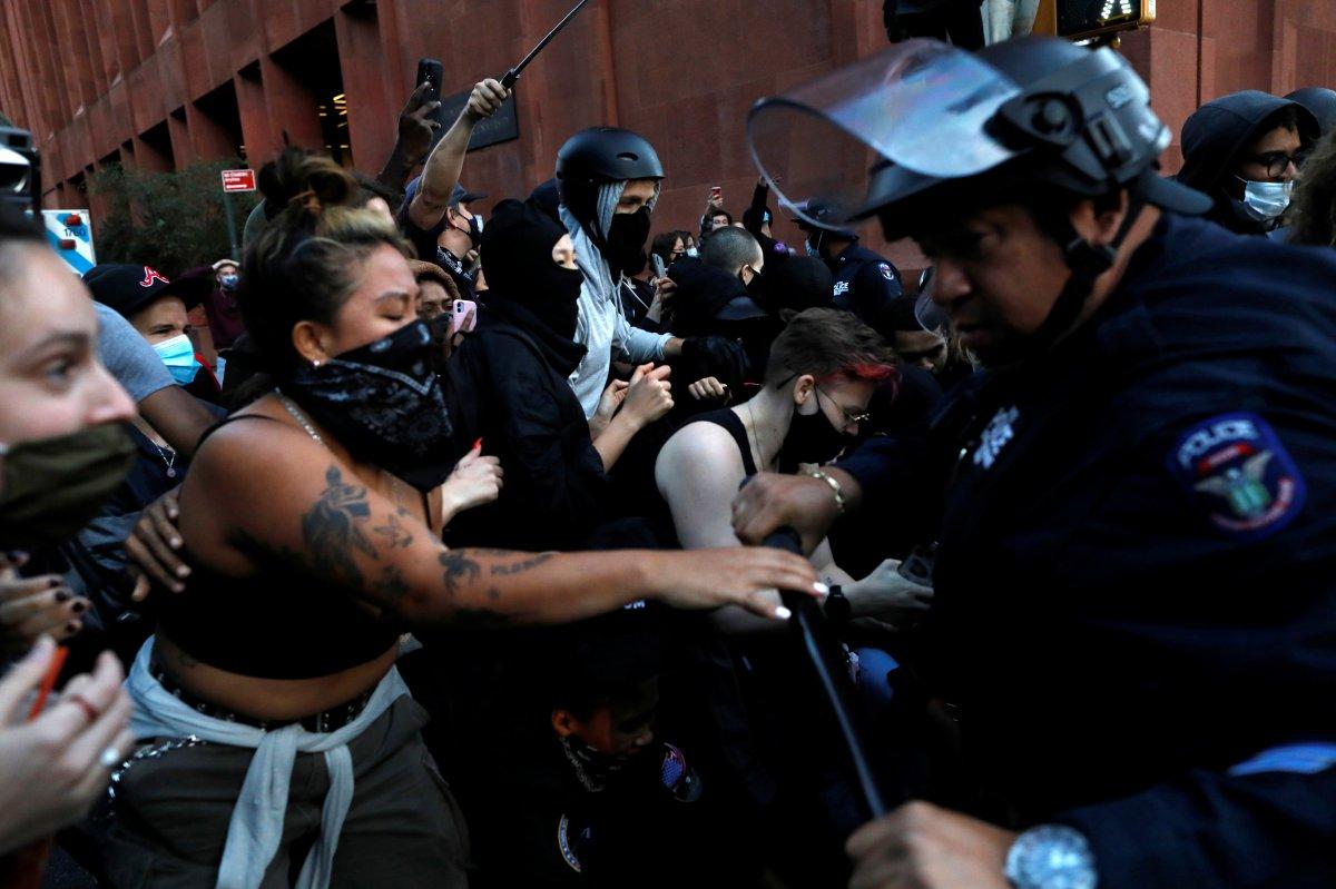 ABD de New York, Portland ve Seattle şehirleri anarşist bölge ilan edildi #4