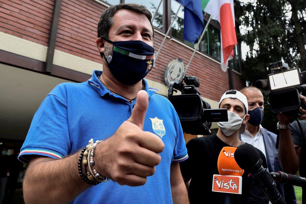 İtalyanlar milletvekili sayısının azaltılmasını istedi #3