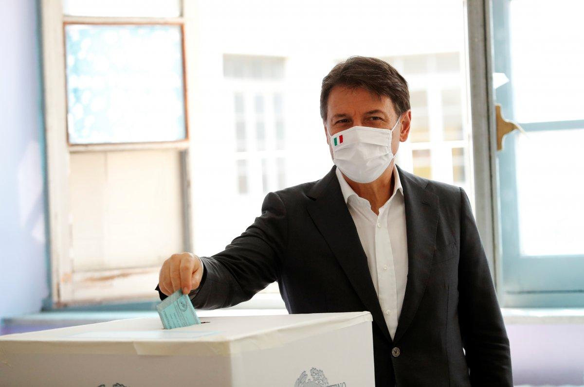İtalyanlar milletvekili sayısının azaltılmasını istedi #2