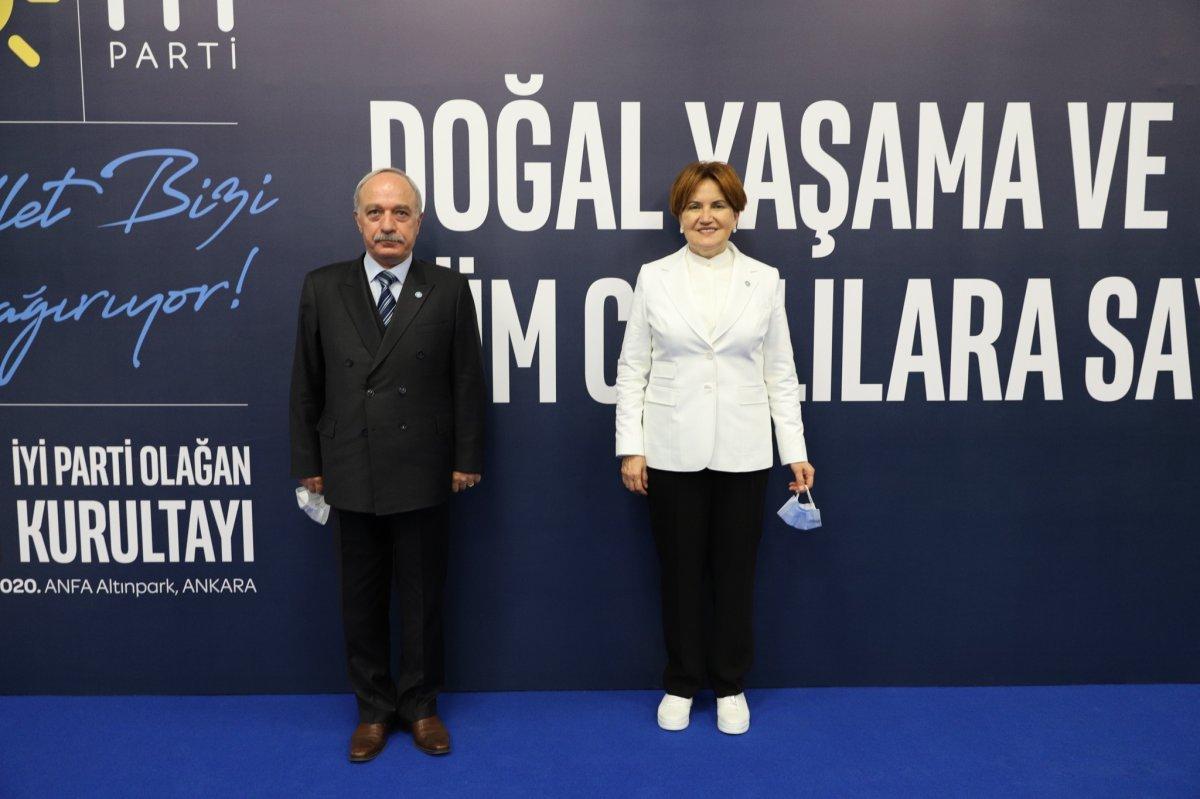 İYİ Parti yönetimine giren Erdal Sarızeybek kimdir? Erdal Sarızeybek in 15 Temmuz gecesi paylaşımları #2