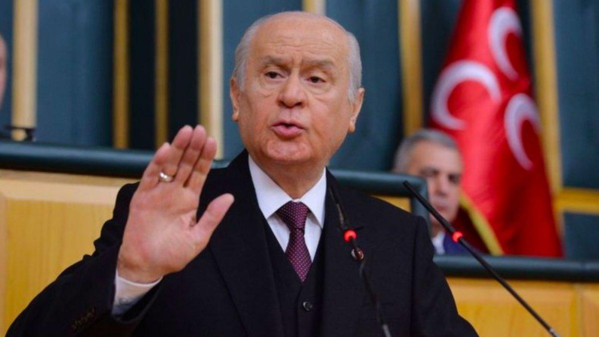 Mümtazer Türköne tahliye edildi #2