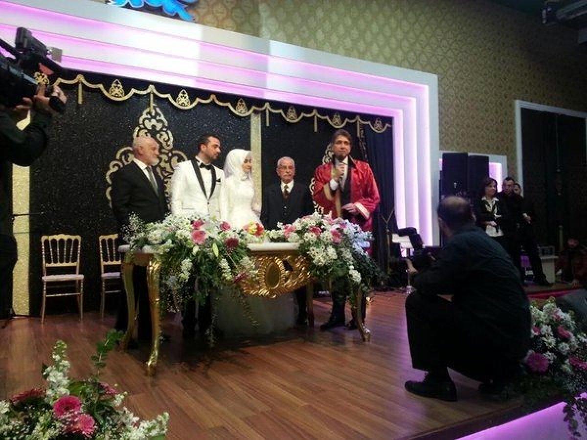 Seda Sayan'ın ardından ilahiyat konserinde tanıştığı Büşra Aköz ile evlenen Onur Şan kimdir?  Onur Şan'ın Hayatı # 3