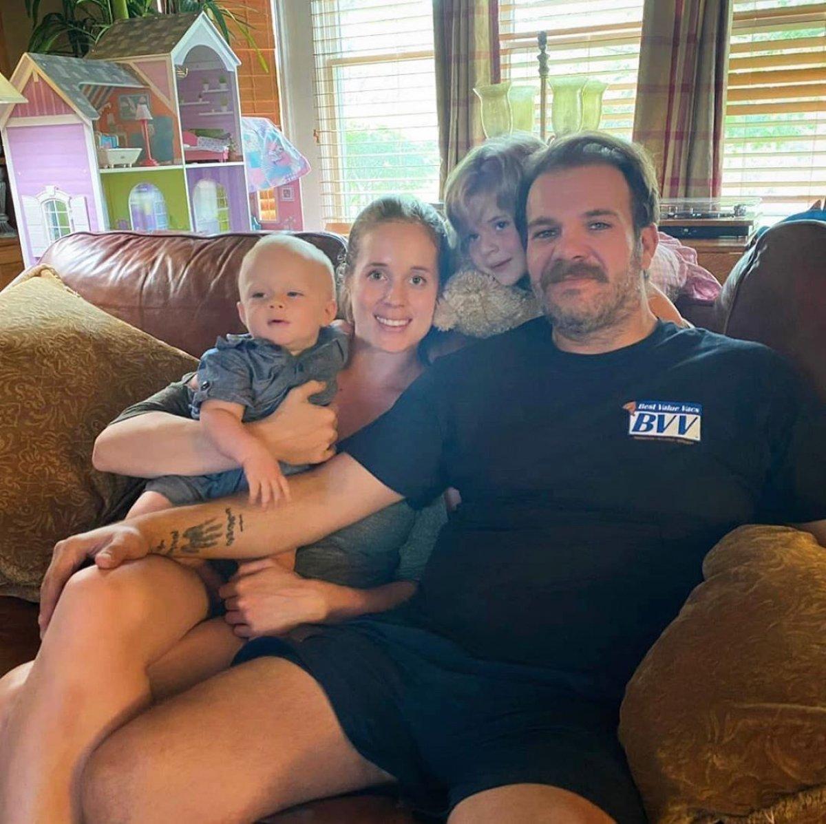 ABD'de kamyon şoförü olan Tolga Karel yeni evini paylaştı!  Tolga Karel kimdir, kiminle evli?  # 3