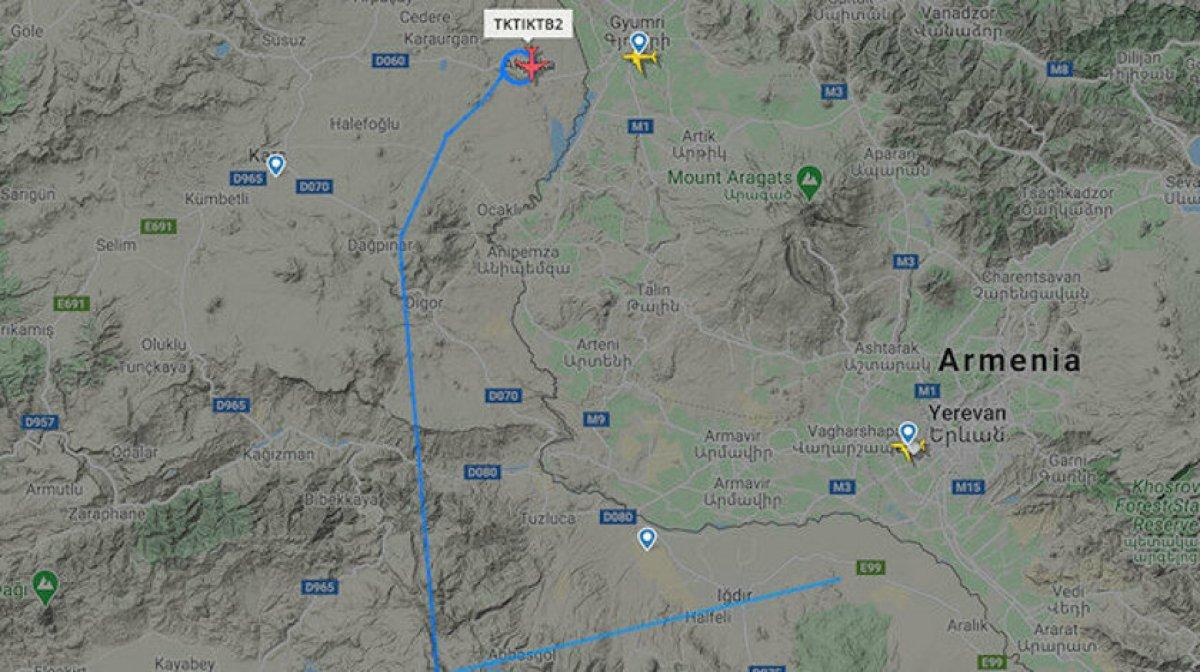 Türk SİHA ları Ermenistan sınırında #1