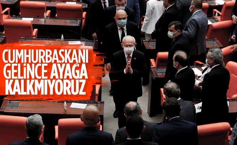 Cumhurbaşkanı Erdoğan Meclis'e girince CHP'liler ayağa kalkmadı
