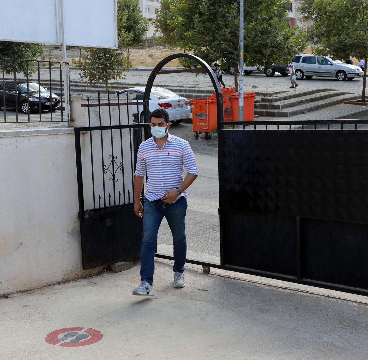 Gaziantep te genç öğretmenden alkışlanacak hareket  #1