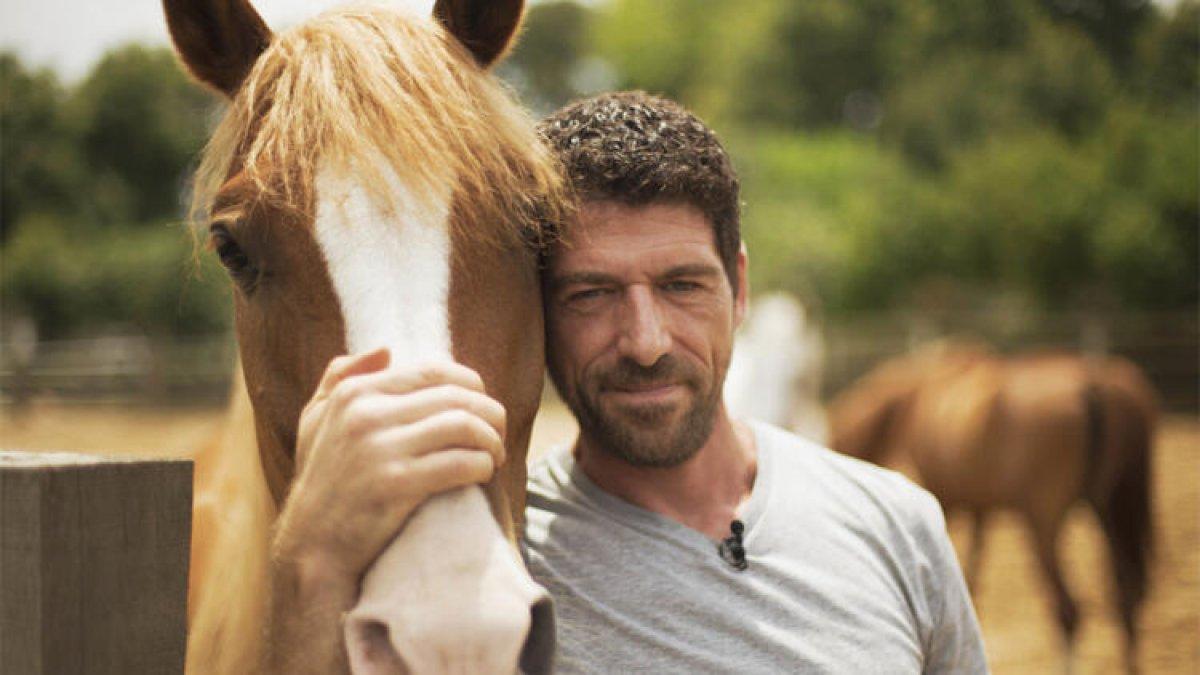 Cemal Hünal, at çiftliğini kapattı #1