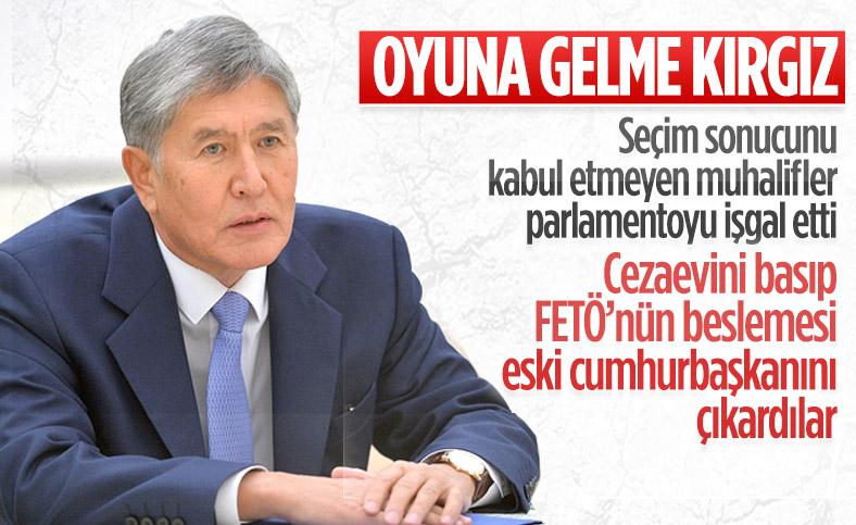 Kırgızistan'da protestocular hapisteki Atambayev'i çıkardı