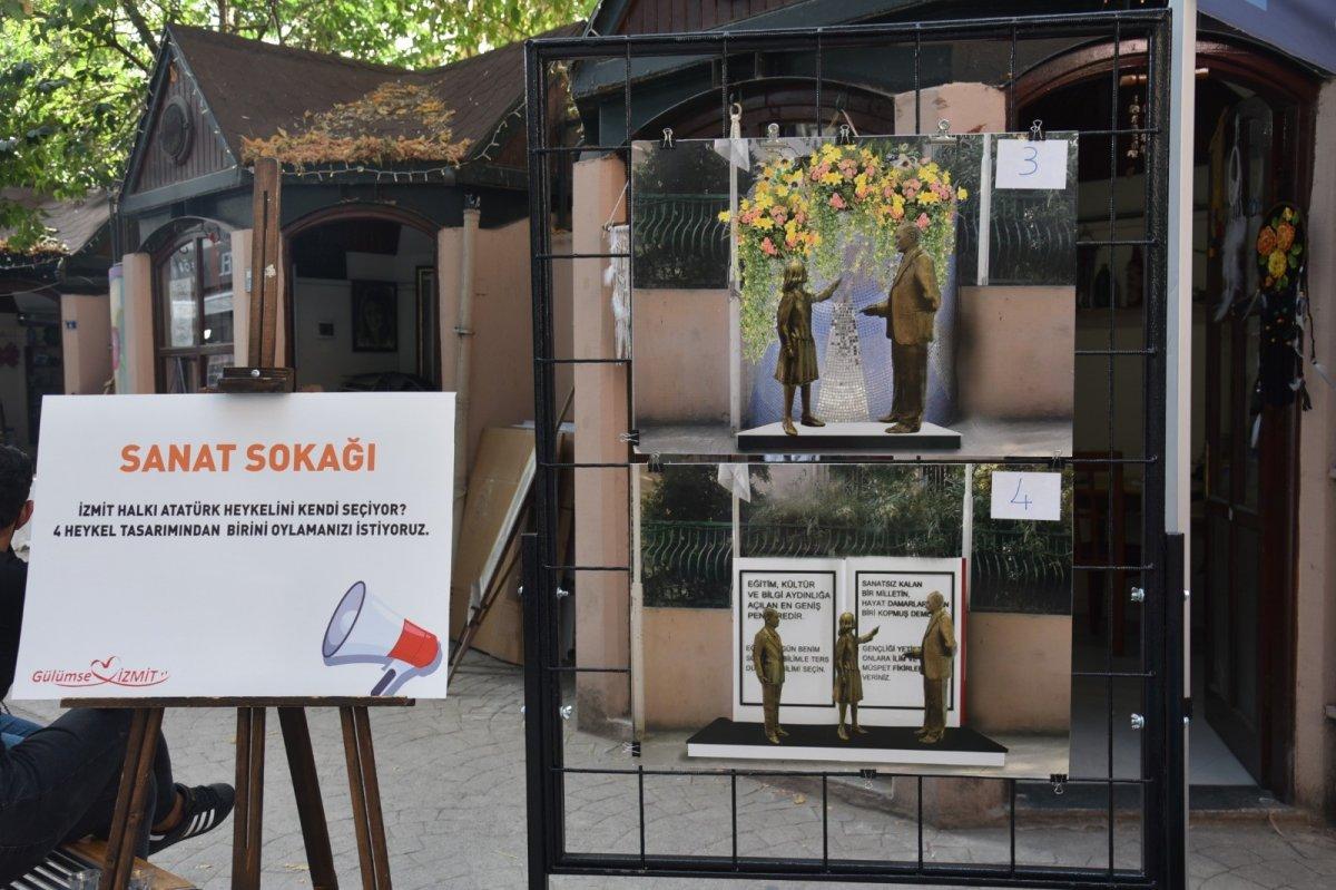 CHP li İzmit Belediyesi dikeceği heykeli halk oylamasına sundu #2