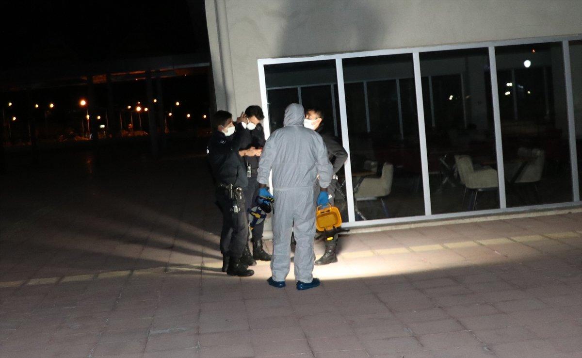 Erzincan da hastaneden kaçmak isteyen virüslü hasta balkondan düştü #3