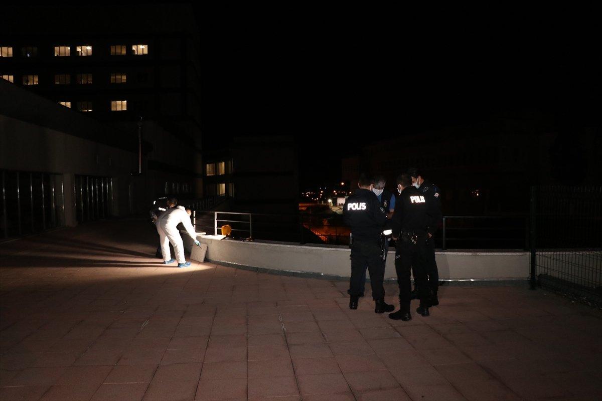 Erzincan da hastaneden kaçmak isteyen virüslü hasta balkondan düştü #2