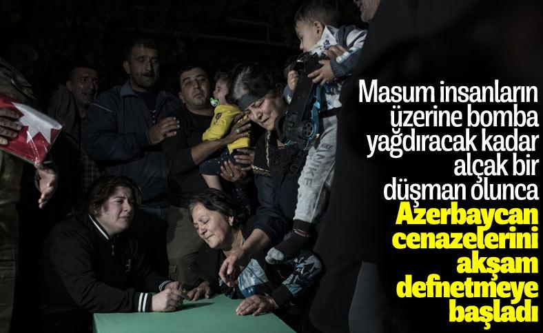 Azerbaycan'da sivil cenazeler, Ermeni saldırısı ihtimaline karşı akşam defnedildi