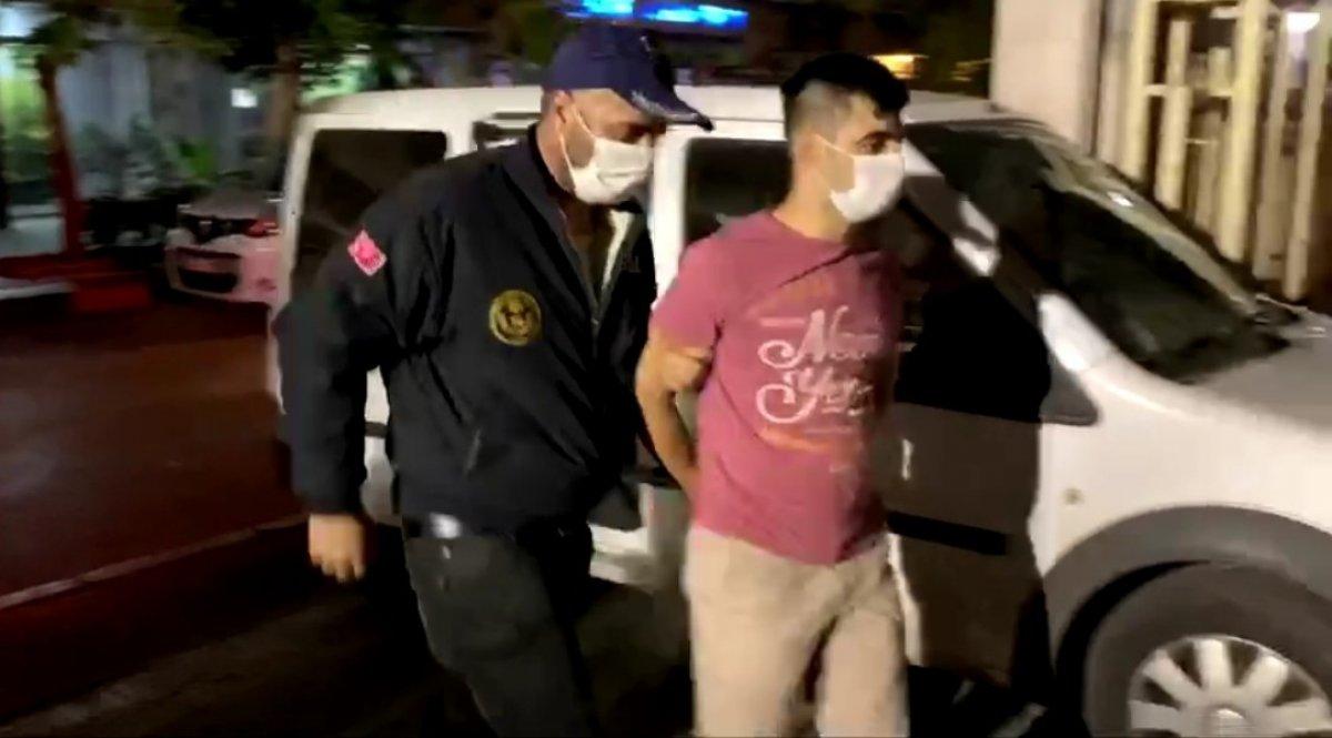 İzmir merkezli FETÖ operasyonunda 29 tutuklama #2