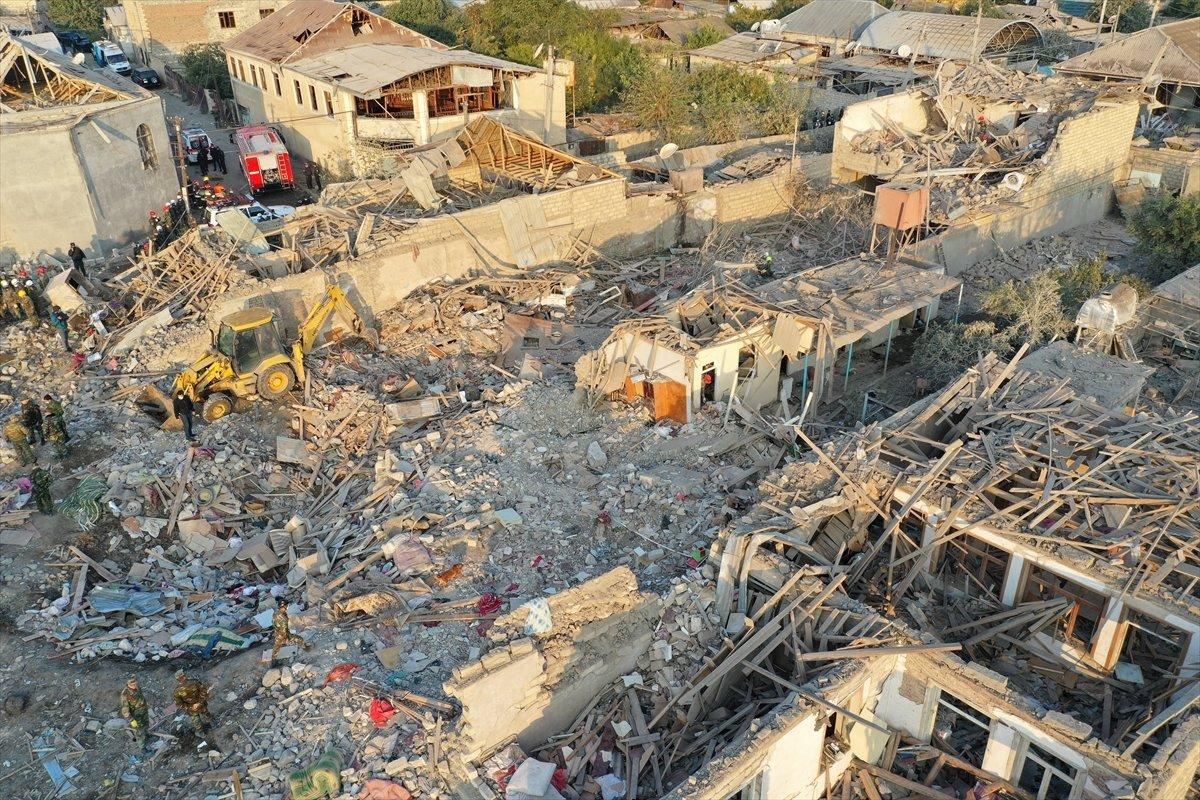 Gence de füze saldırısının ardından ortaya çıkan görüntüler #3
